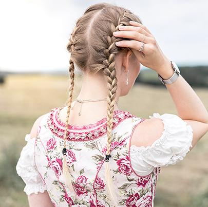 Oktoberfest Frisuren Haar Stylings Zur Wiesn Alpenclassicsde
